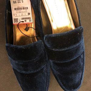 NWT Zara Trufaluc Velvet Loafers, Size 40 (9)